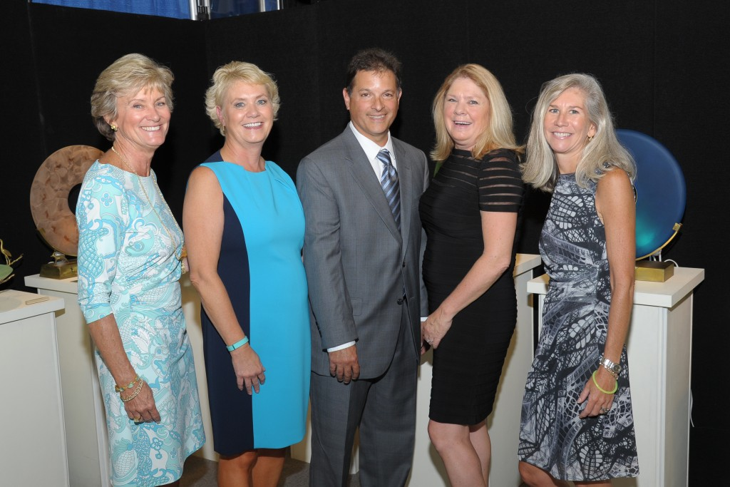 Gustavo Rodriguez, MD, NorthShore University HealthSystem with past and present Chairs of ACE.